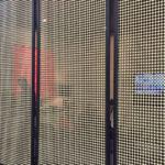 Painel de palha Favo no espaço da revista Kaza, na Expo Revestir